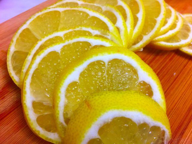 Заготовка из лимонов к чаю